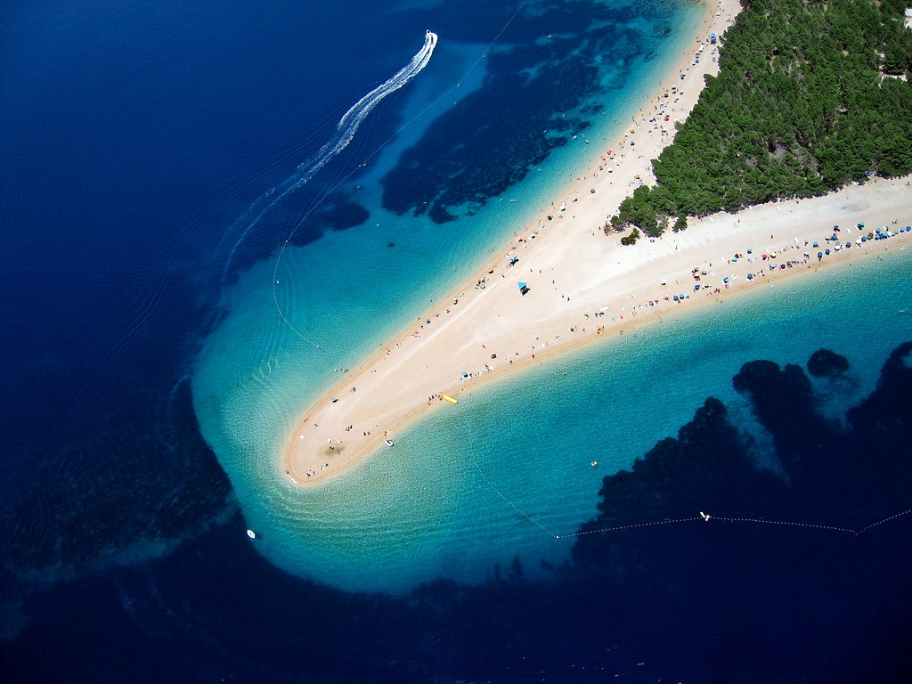 Bol na Bracu Zlatni rat The Cost Croatia