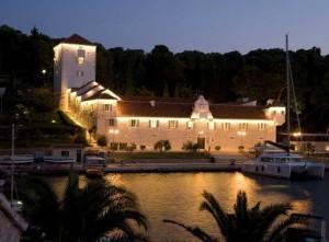 hotel šolta dalmatia Martinis Marchi castle