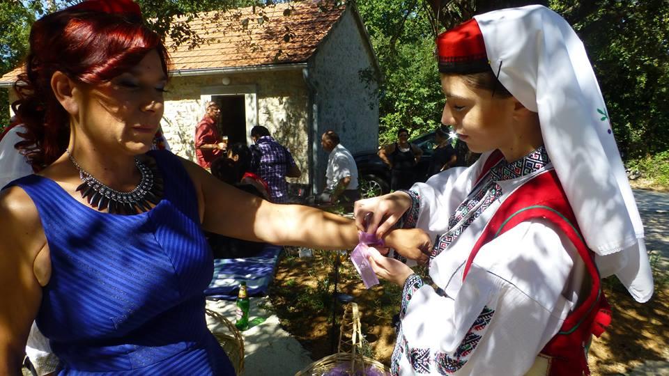 Mijijana, mother of the groom