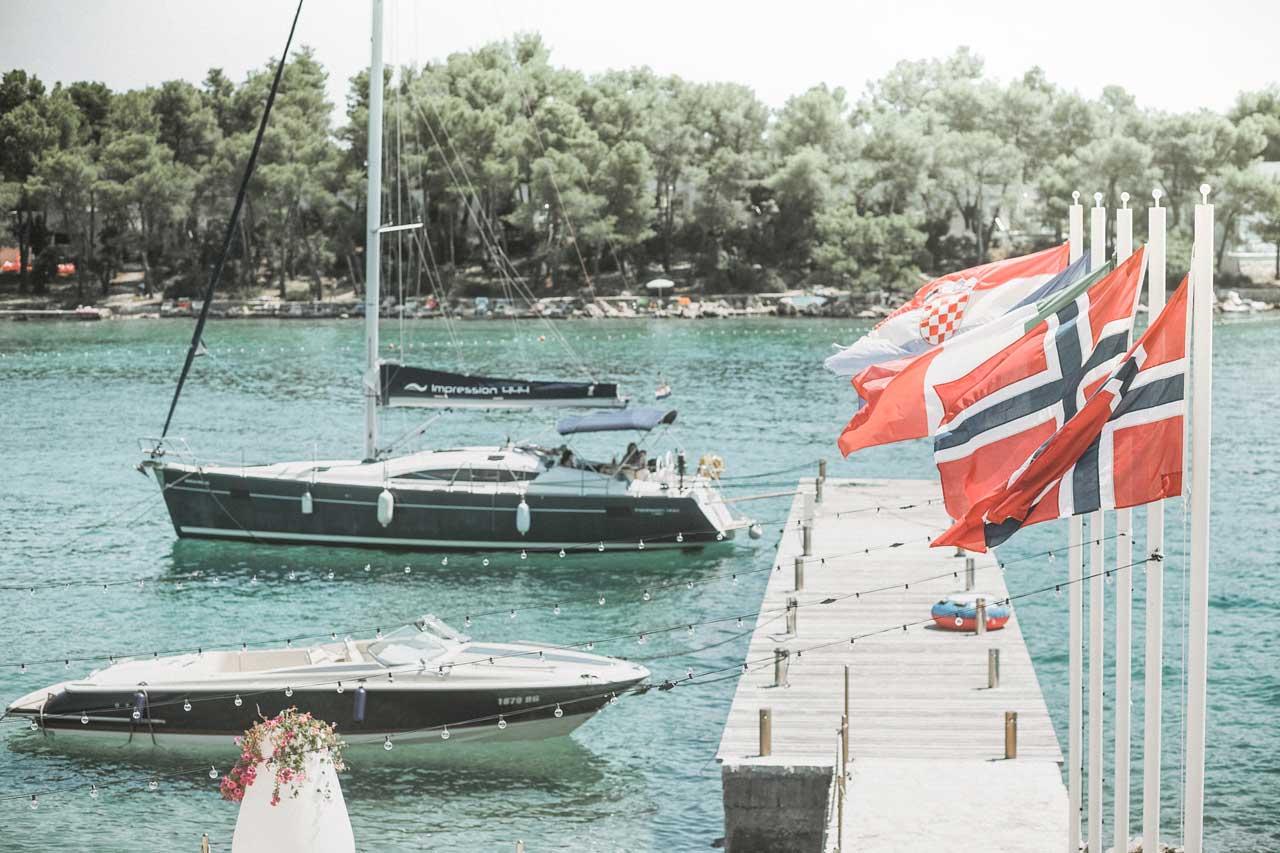 Alex & James - The island of Brač - Dreamtime Croatia - Photo: Sanja Jagatić